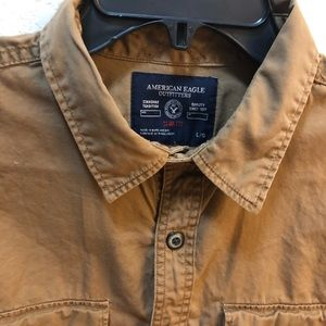 American Eagle Slim Fit khaki button up